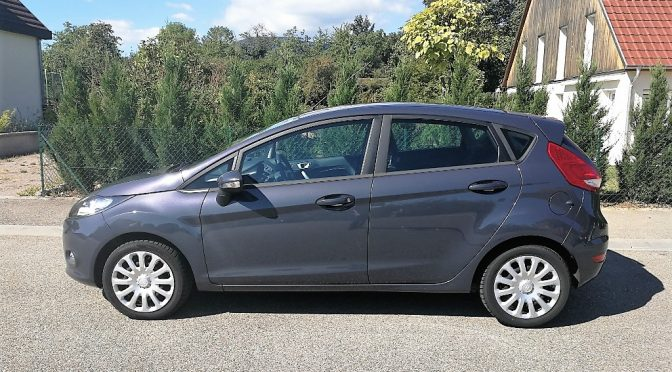 FORD FIESTA 1.4 TDCI 70 TREND PACK 5 PORTES // BLUETOOTH // CLIM AUTO