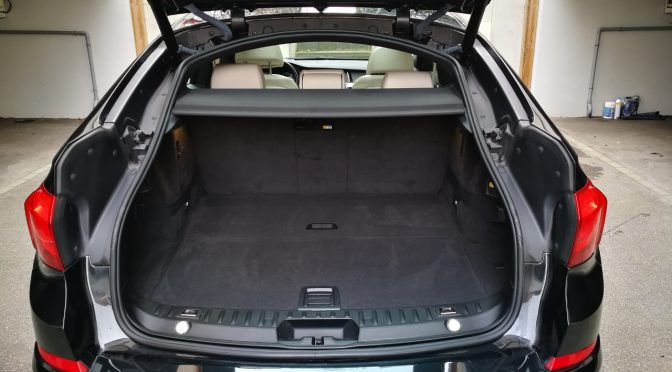 BMW 530d Xdrive 258Ch BVA8 STEPTRONIC GRAN TURISMO LUXURY // CARNET BMW // TOIT PANO //